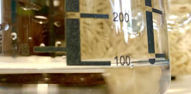 Messbecher mit 100 ml Wasser