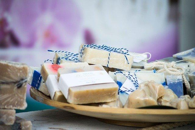 handgefertigte Seifenstücke