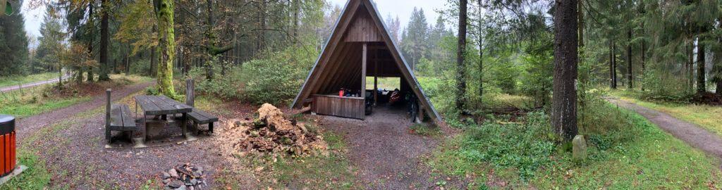 Schutzhütte am Rennsteig bei Eisfeld